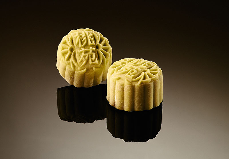 Mini Snowskin White Lotus Paste with Champagne Truffle