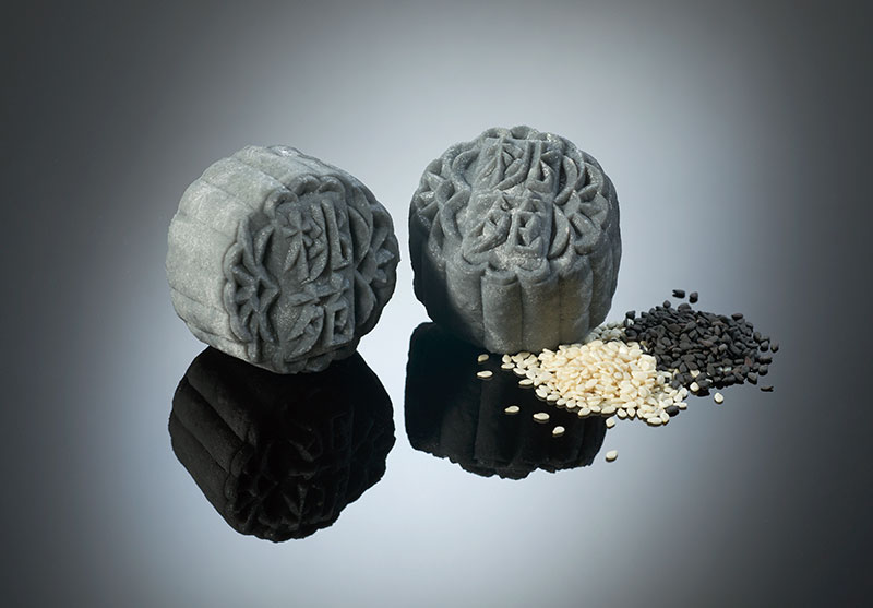 Mini Snowskin White Lotus Paste with Black and White Sesame