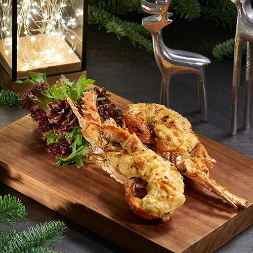 Grilled Half Lobster with Garlic and Herb Butter (2pcs)